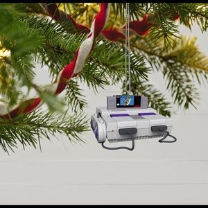 Fully functional Nintendo game console ornament